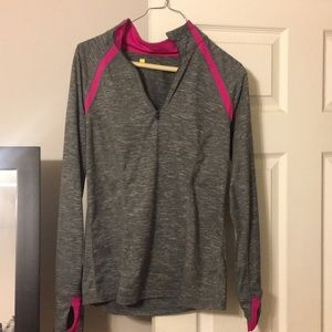 Tops - Heather Grey fitness pullover with pink accents